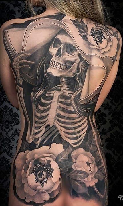 tatuagens-femininas-de-caveira-1