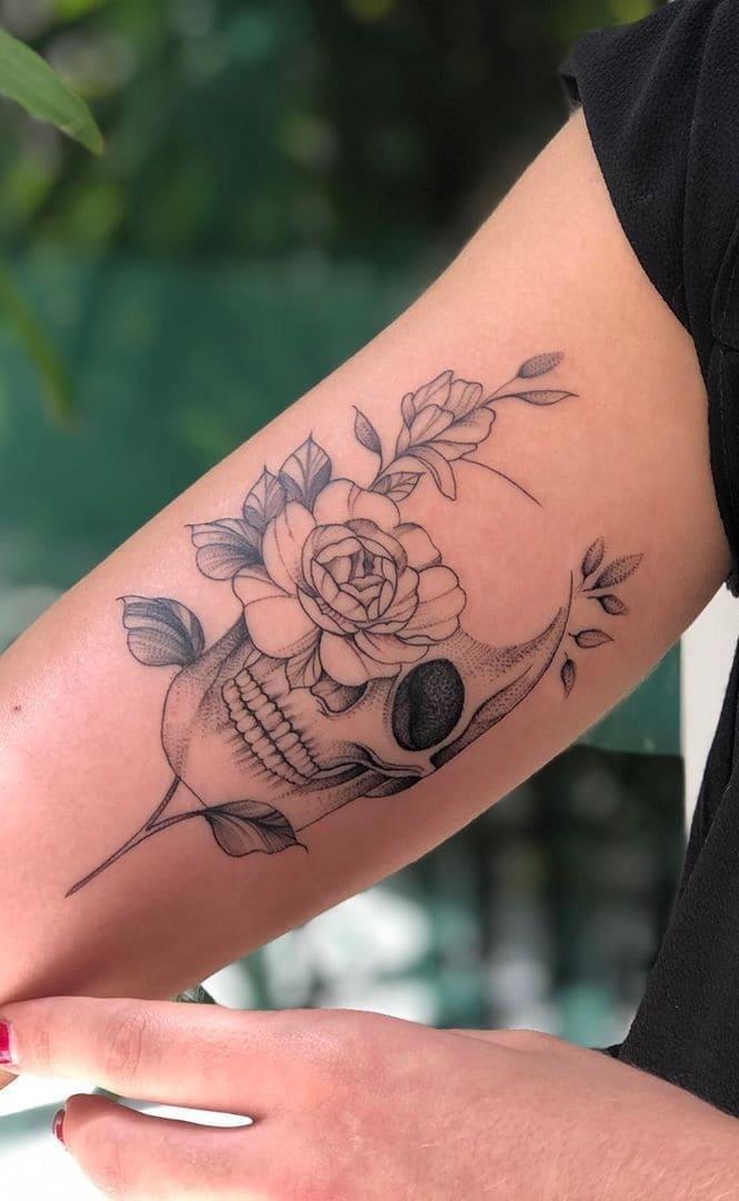 tatuagens-femininas-de-caveira-2