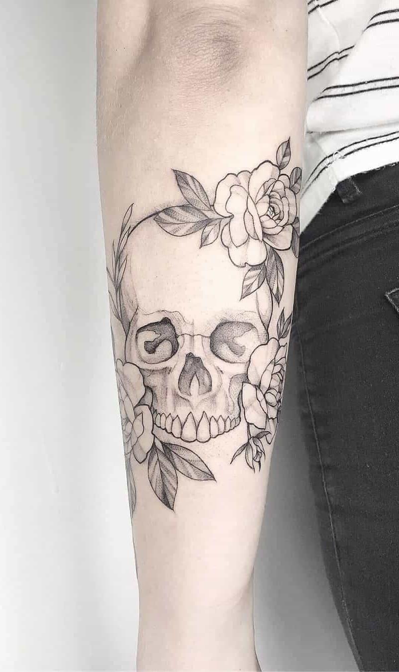 tatuagens-femininas-de-caveira-4