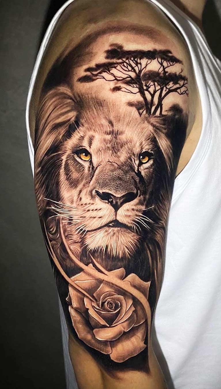 tatuagem-de-leao-na-parte-superior-do-braco