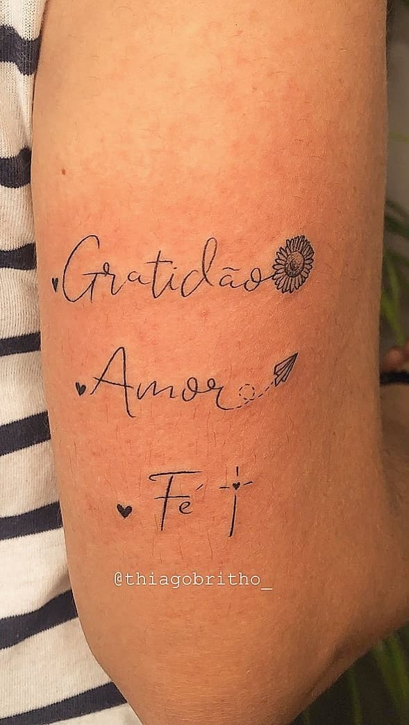 tatuagem-escrita-Fotosetatuagens-42