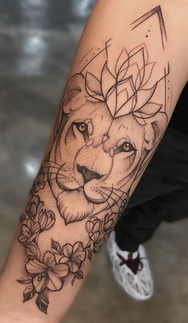 tatuagens-femininas-de-leao-2020-10