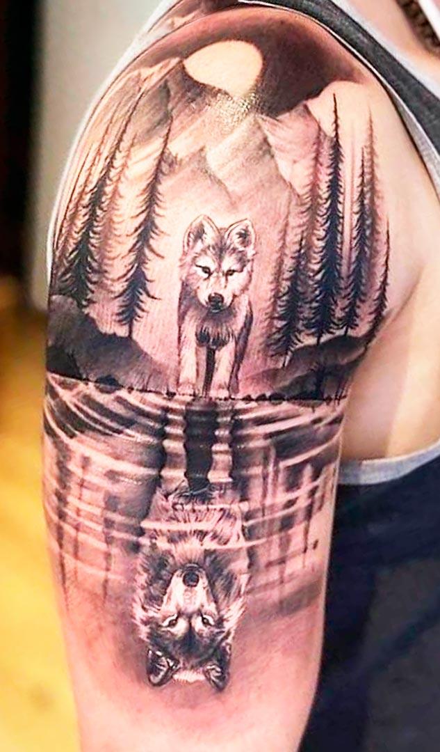 tatuagem-de-lobo-no-biceps