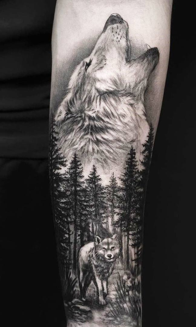 tatuagem-de-lobo-uivando