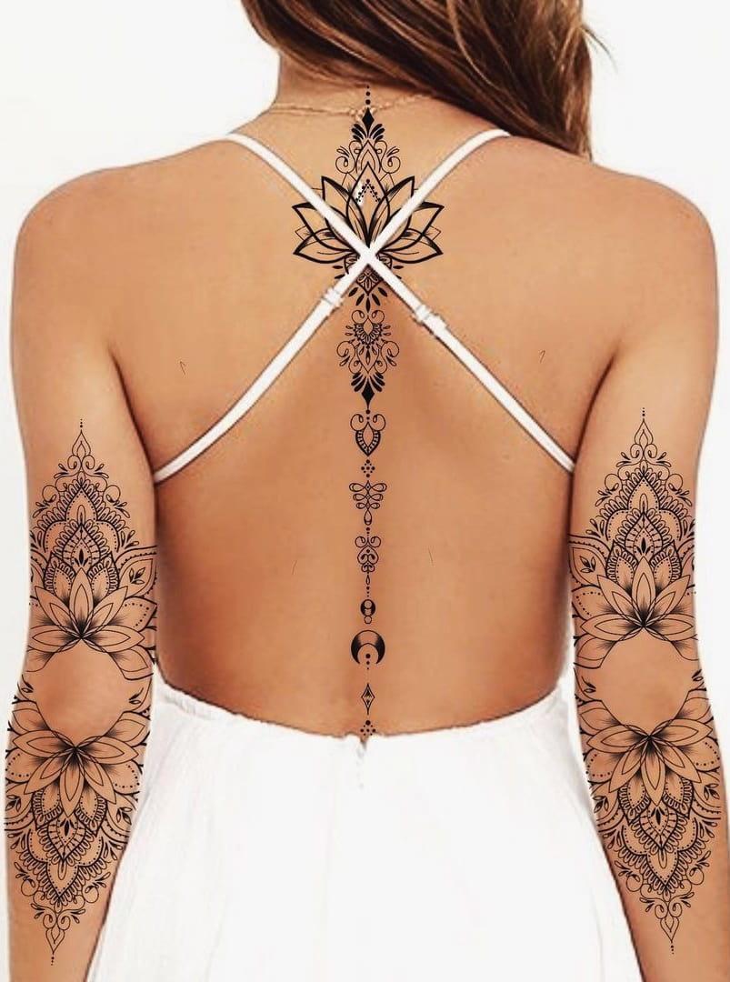 tatuagem-feminina-nas-costas-2020-1