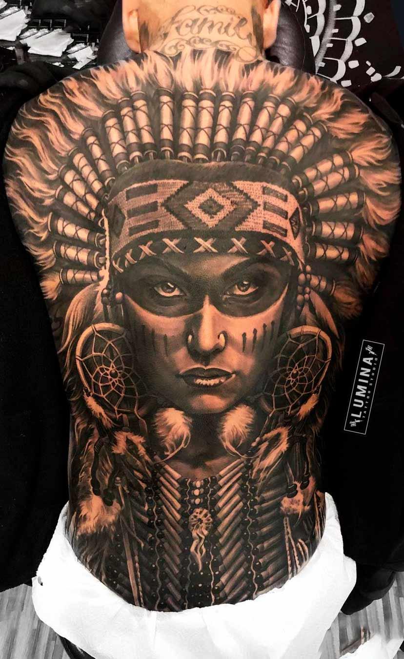 tatuagem-de-india-nas-costas