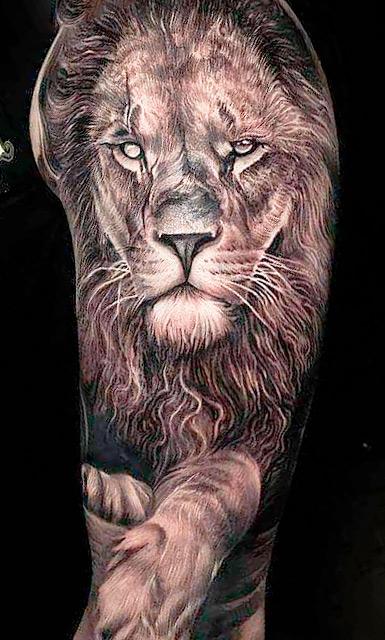 tatuagem-na-parte-superior-do-braco-masculino-2020-18