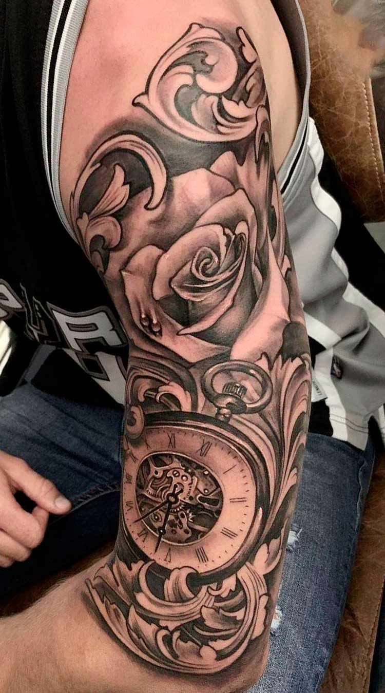 tatuagem-na-parte-superior-do-braco-masculino-2020-22