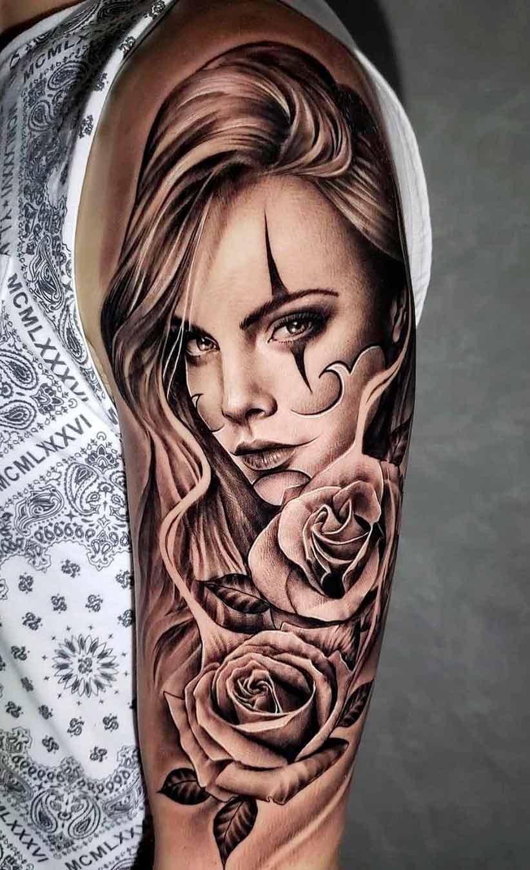 tatuagem-na-parte-superior-do-braco-masculino-2020-24