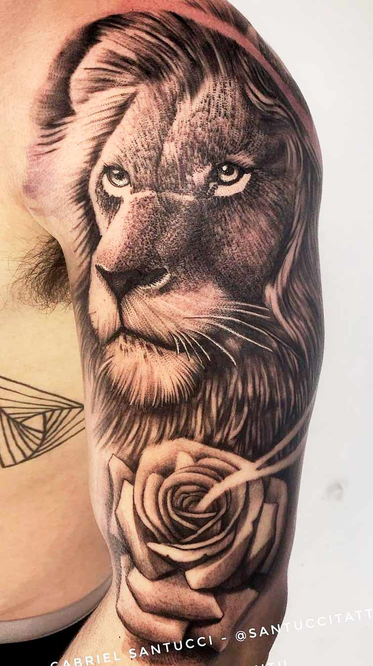 tatuagem-na-parte-superior-do-braco-masculino-2020-5