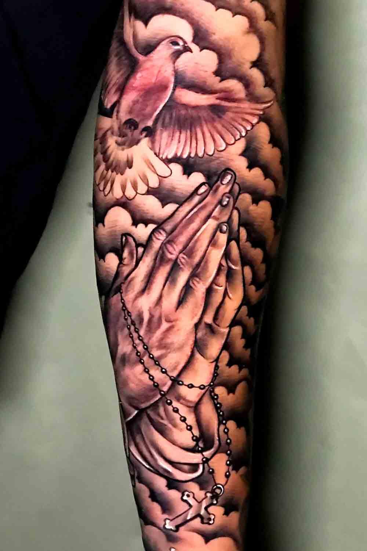 Tatuagens-maos-rezando